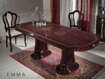 Table-Emma2